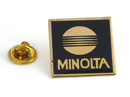Minolta Pin's