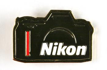 Nikon Pin's F601