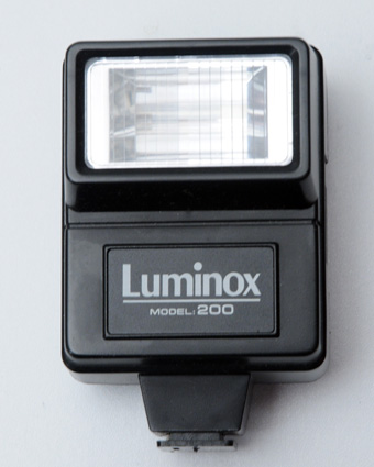 Luminox  Flash moèle 200