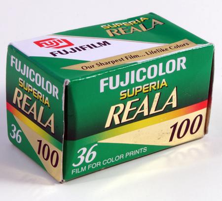Fuji Superia Reala 100