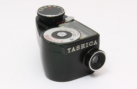 Yashica Clip-On CDS exposure meter