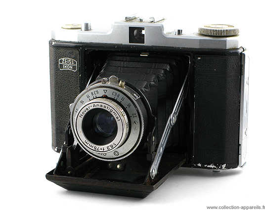 Zeiss Ikon Nettar Vintage cameras collection by Sylvain Halgand